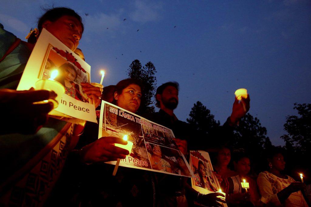 Homenaje en recuerdo de las víctimas del atentado de Sri Lanka en Bangalore