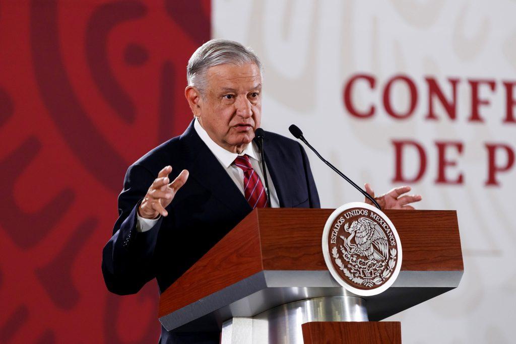 López Obrador ordena cancelar contrato obtenido por un compadre suyo