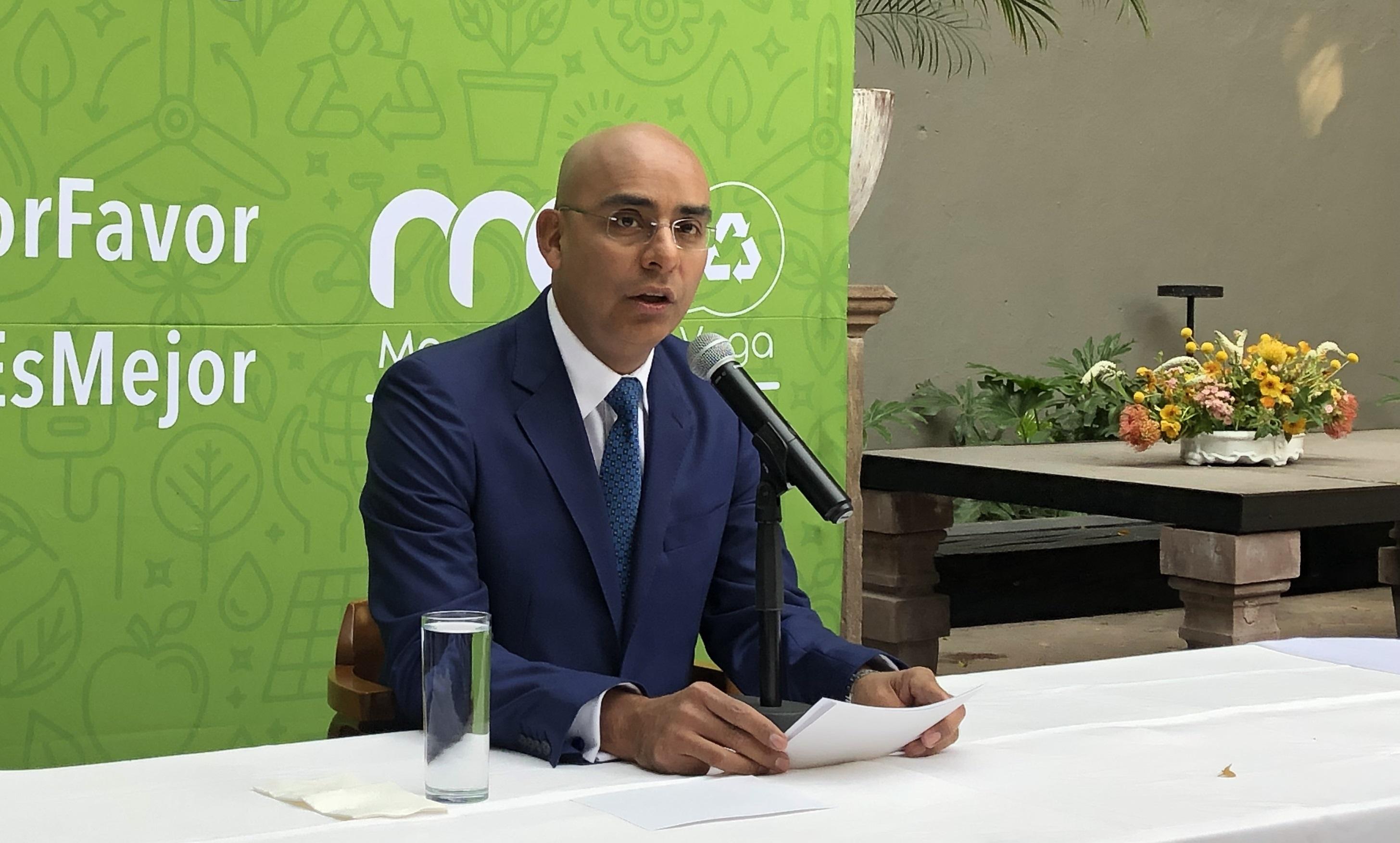 Marcos Aguilar, ¿Desesperado por que lo acepten en otro partido?