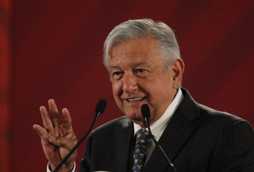 Obrador dice que va a