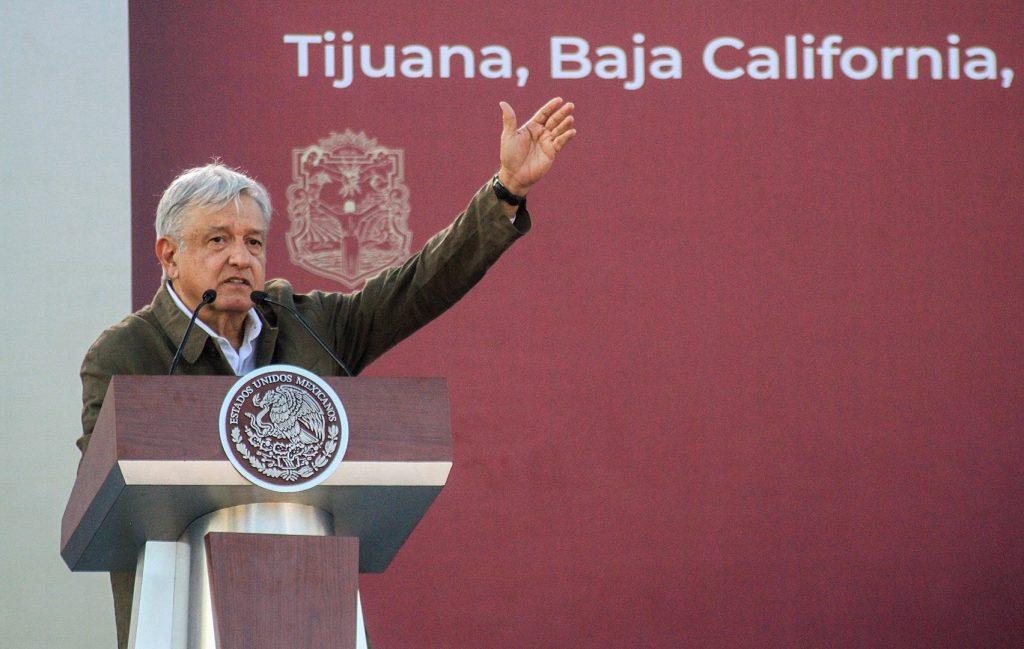 Tijuana arropa a López Obrador por frenar los aranceles de Trump
