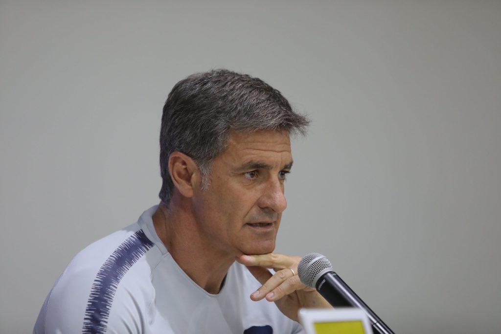 Michel asegura que en Pumas no habrá titulares ni suplentes