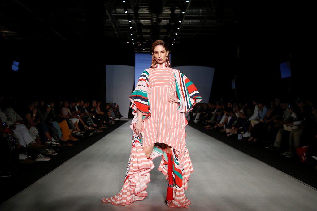 La fuerza de María Félix cobra vida durante feria de la moda en México