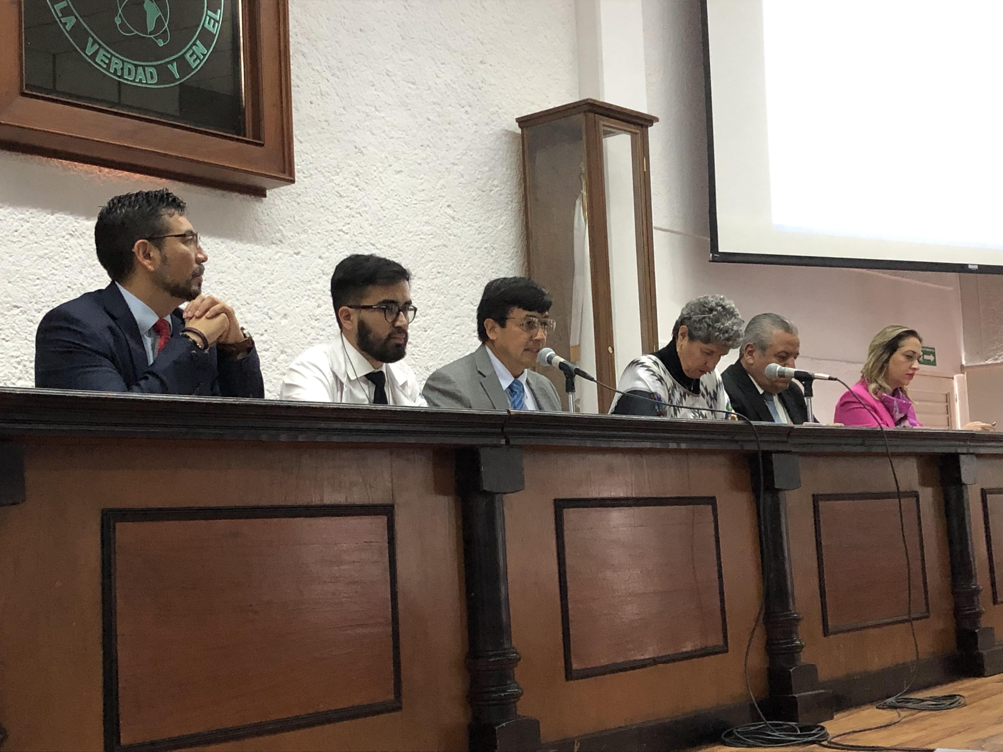 Consejo Universitario sesiona sin titulares de Sedesoq e IQT