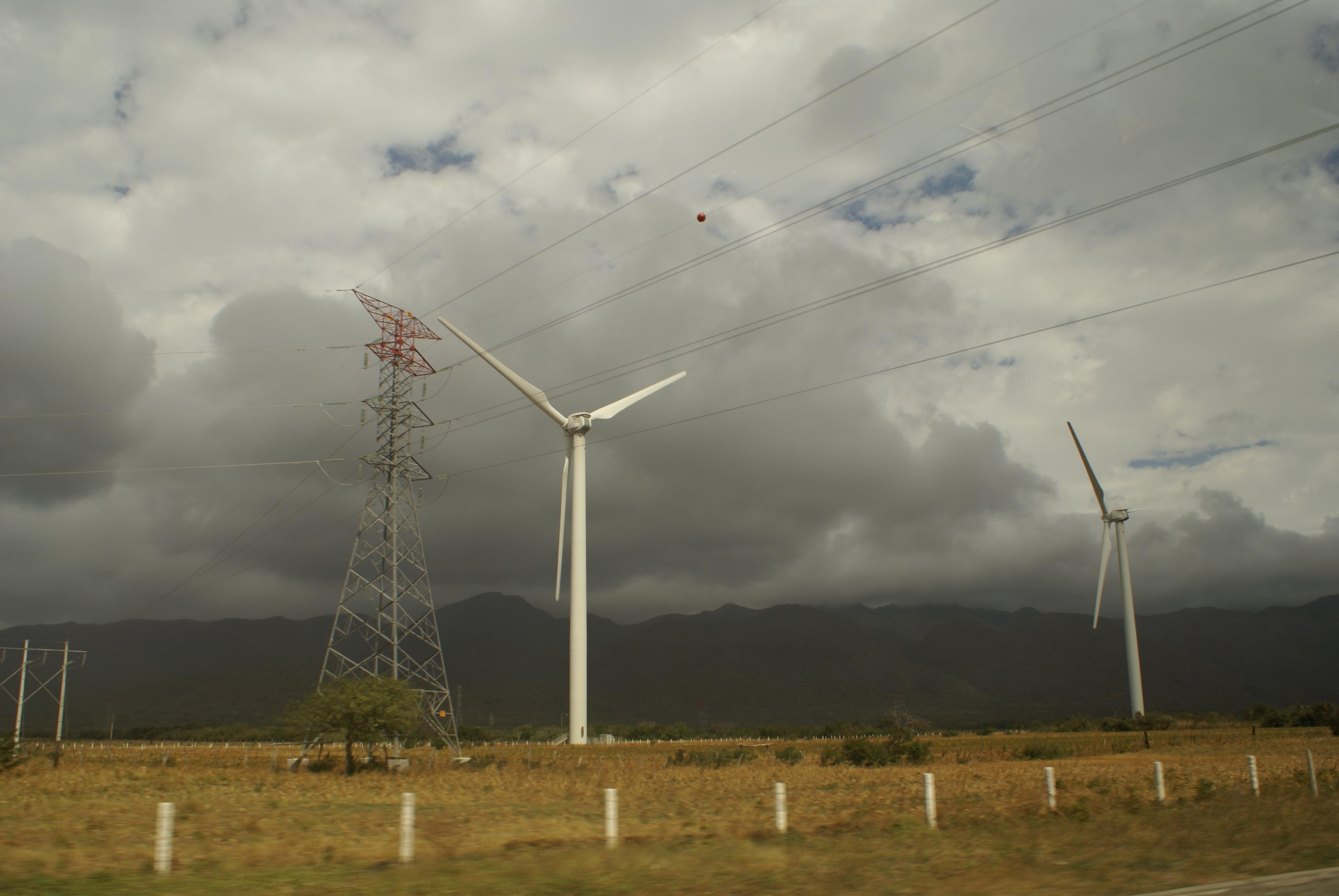 Peligroso cerrar la puerta a la generación eléctrica privada: IMCO