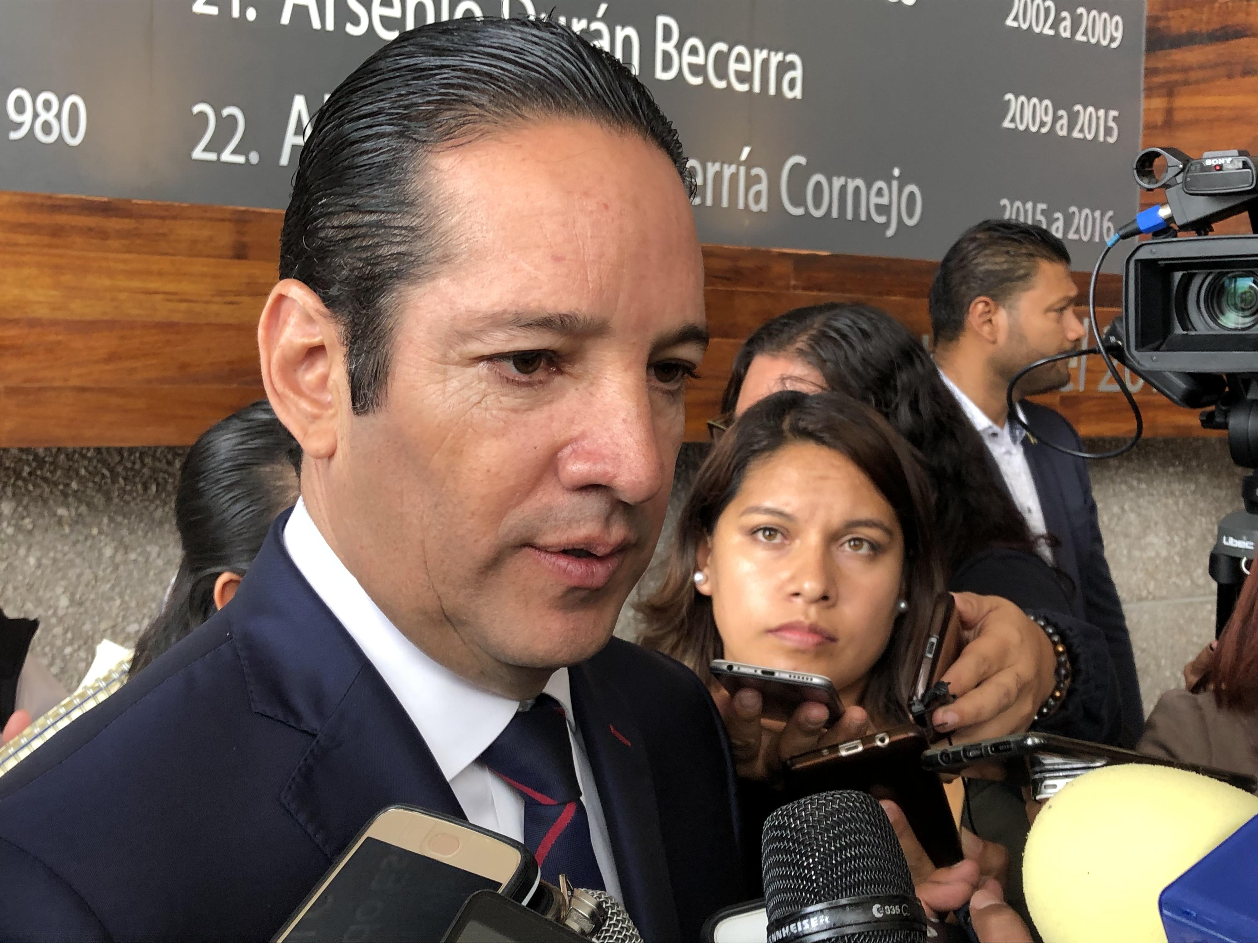 Venta de Gallos es solo rumor, asegura Pancho Domínguez