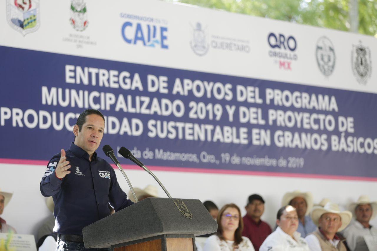 Destina gobernador más de 14 mdp para el fortalecimiento del campo en la Sierra Gorda