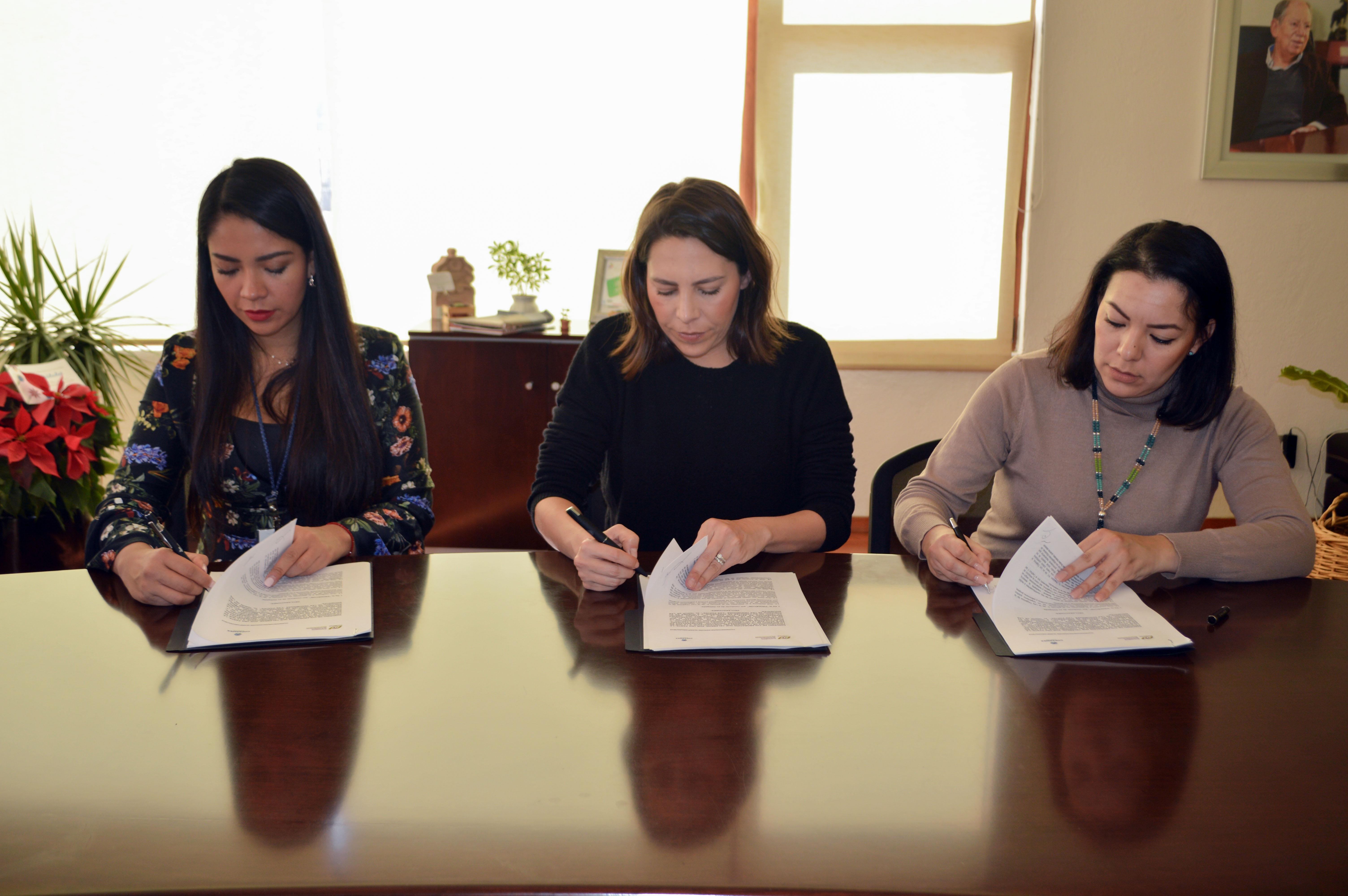 Coparmex Querétaro y Prodecon firman convenio de colaboración