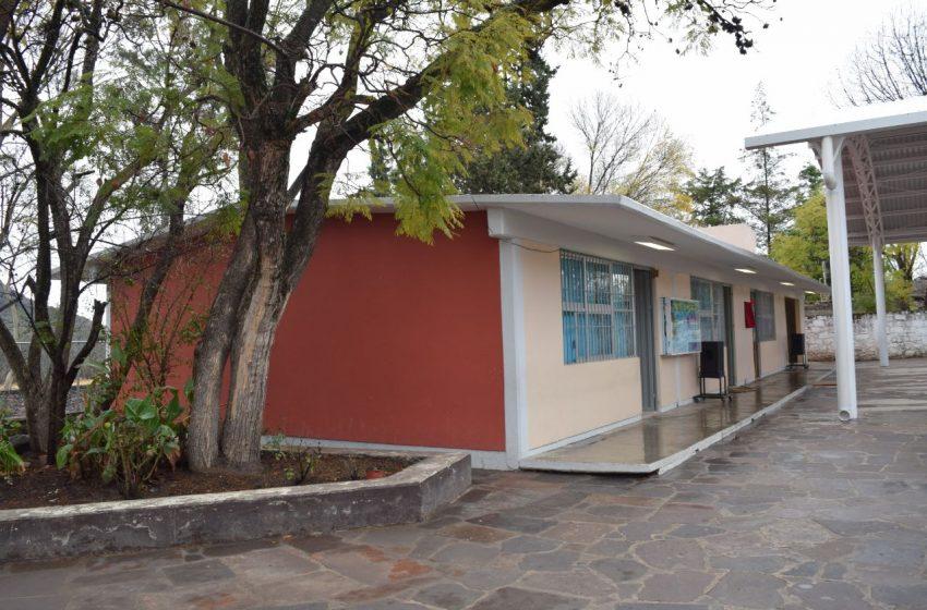 Obras en escuelas de la Sierra Gorda registran noventa por ciento de avance