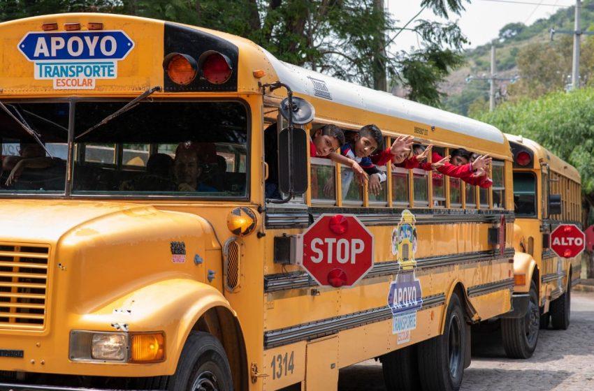 El Marqués ampliará cobertura en transporte escolar
