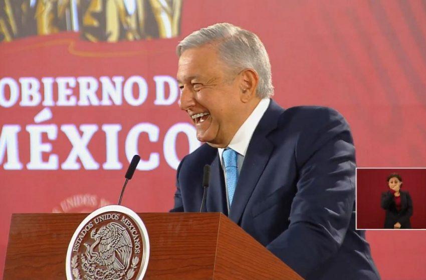 """""""Los memes del avión, buenísimos"""", confiesa López Obrador"""