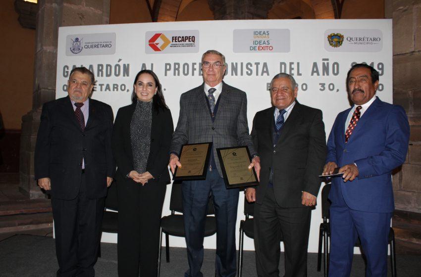 Fecapeq entrega galardón al Profesionista del Año 2019