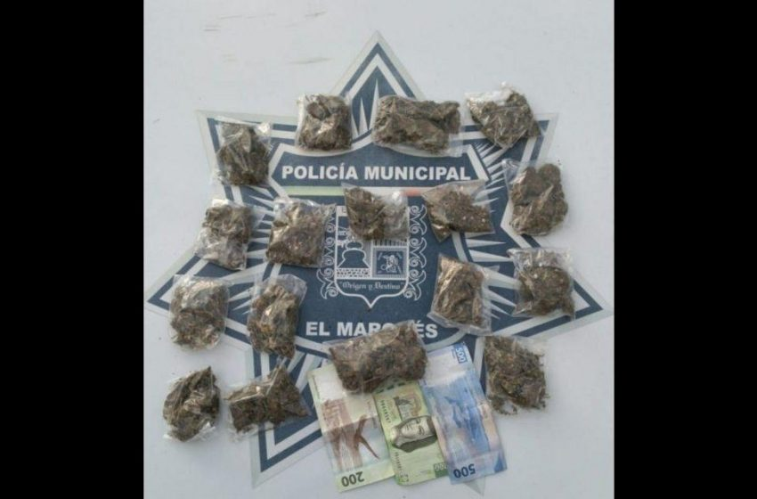 Detienen a dos presuntos narcomenudistas en El Marqués