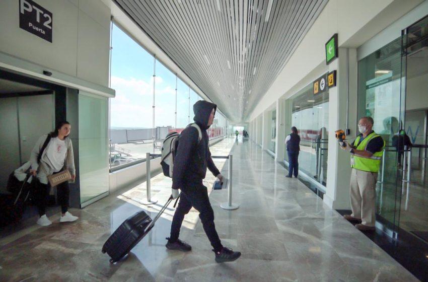 Gobierno emite recomendación para evitar viajes internacionales