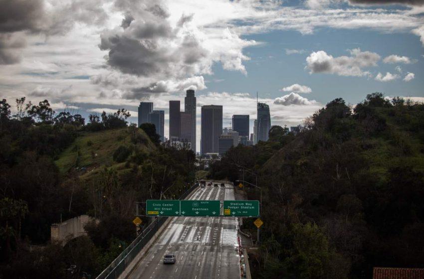Decretan en California cuarentena obligatoria para 40 millones de habitantes