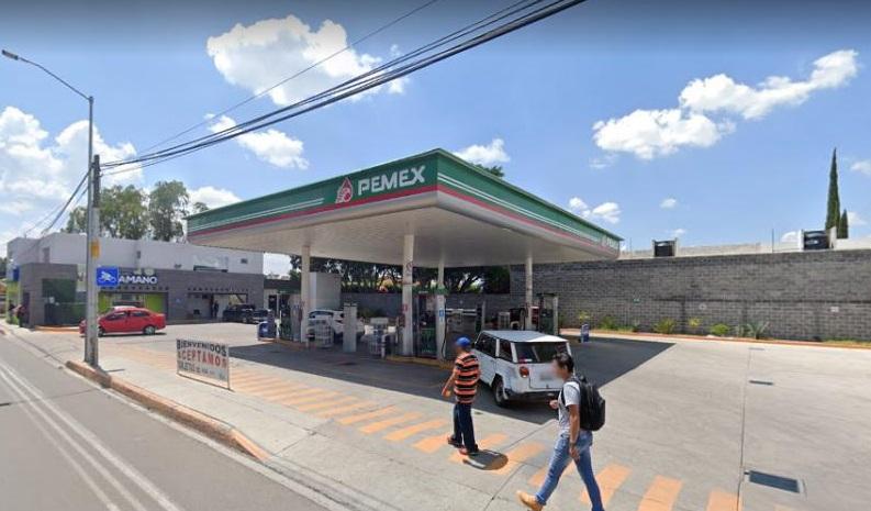 Precios de combustibles deben bajar: Profeco