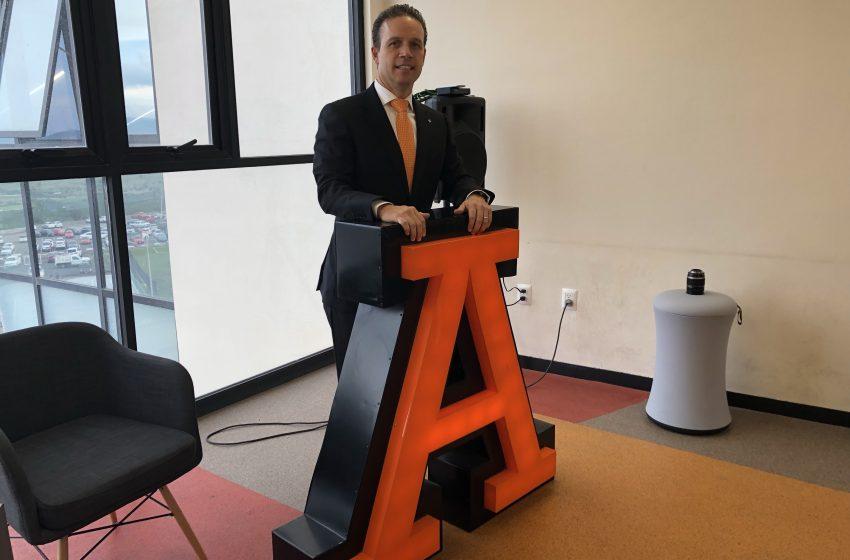 Anáhuac Querétaro hace prueba exitosa de exámenes online