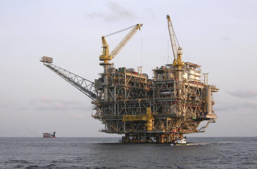 El petróleo vs. la 4T