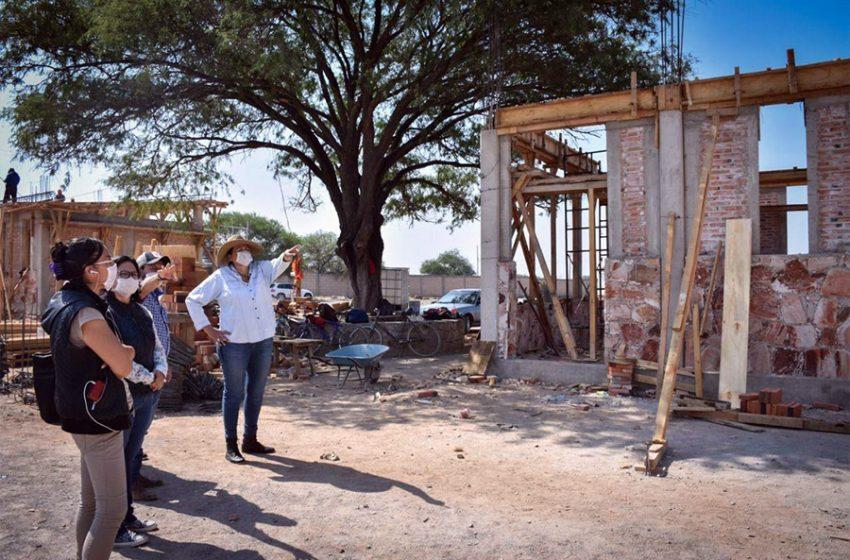 Universidad Benito Juárez presenta un progreso del 70%