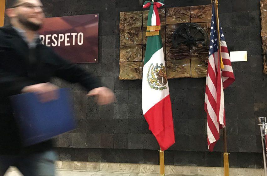Suman mil 36 mexicanos muertos en EUA por COVID-19