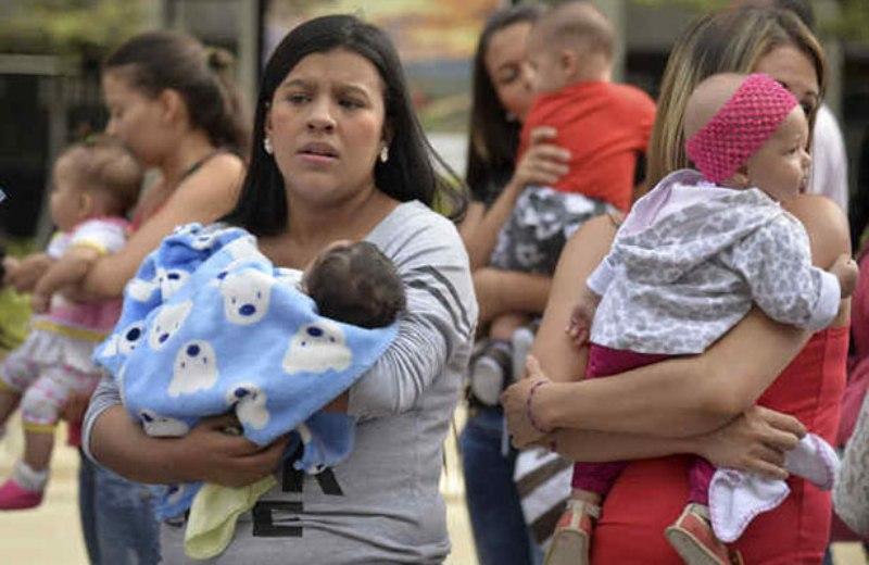 Entre 20 y 29 años, rango de edad promedio de madres en Querétaro
