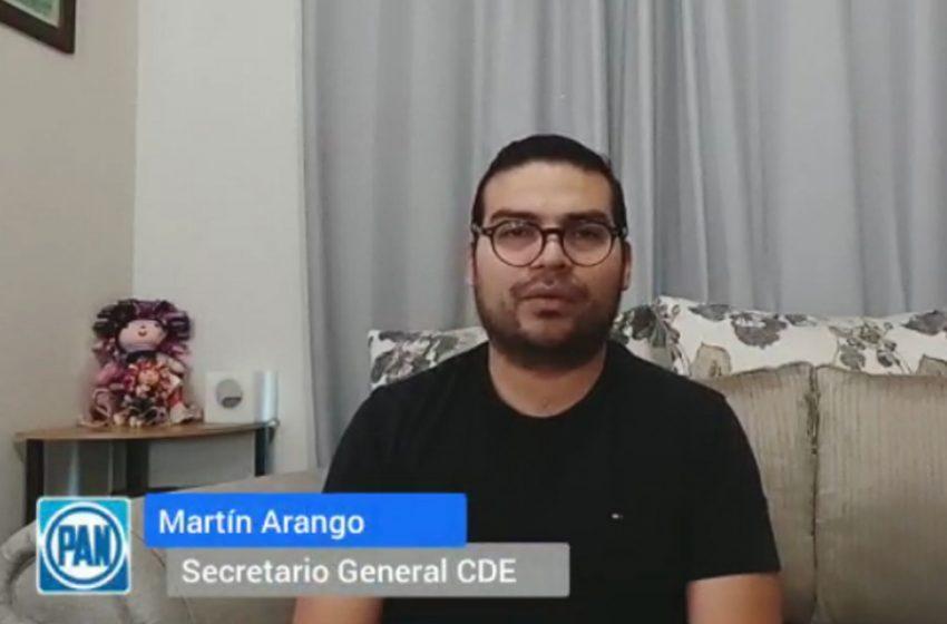 IEEQ no cuenta con denuncia contra senador de Morena que colocó espectaculares