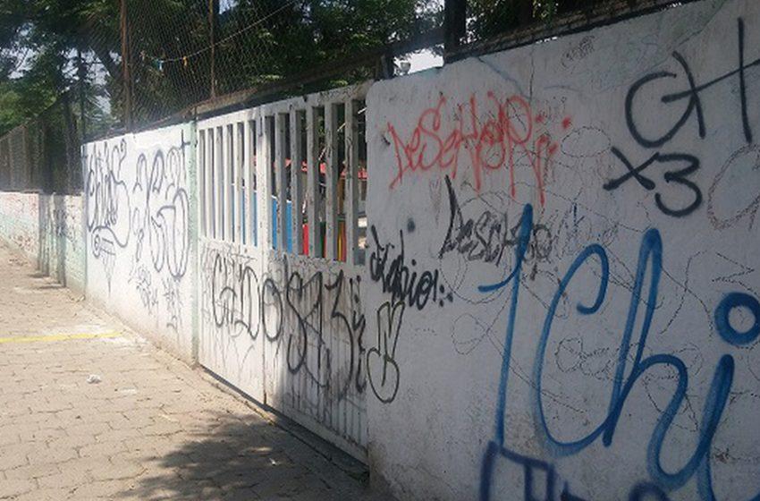 Seis escuelas han sido vandalizadas durante esta contingencia
