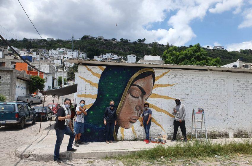 Secult y alumnos de la Universidad Anáhuac entregan murales y huertos en colonia Victoria Popular