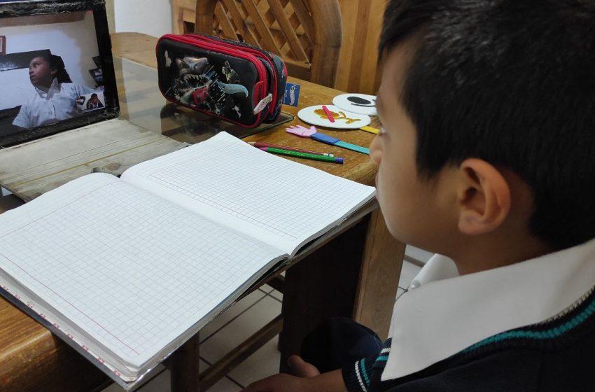 Más de 465 mil menores retomaron clases de educación básica en Querétaro