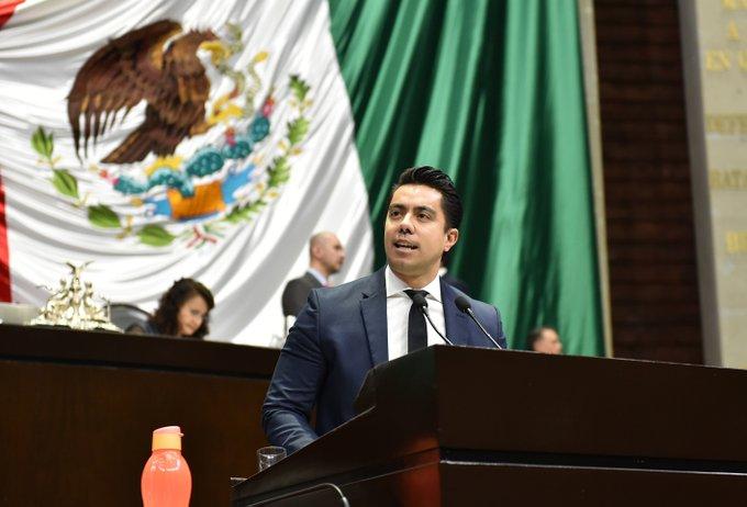 Candidatos panistas de Querétaro arrasan con los cinco distritos federales