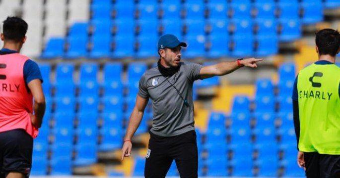 Gallos Blancos le dice adiós a su director técnico Diego Tejado