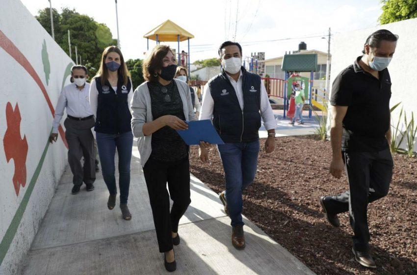 Entregan rehabilitación de parque lineal de Lomas de Querétaro