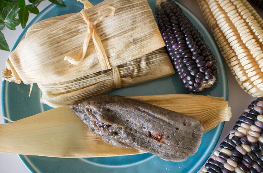 Tamal tradicional de día de muertos ¿con difunto por ingrediente?