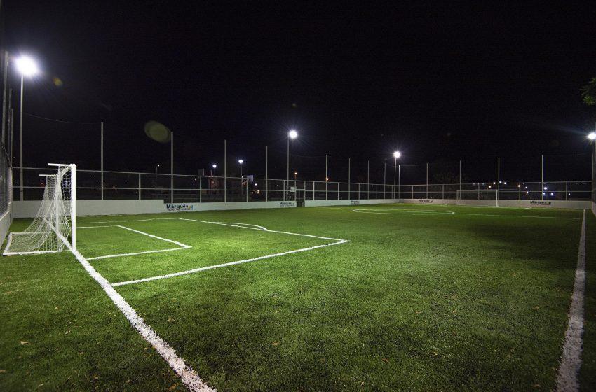 Supervisa Enrique Vega obras de infraestructura deportiva y alumbrado público en El Marqués