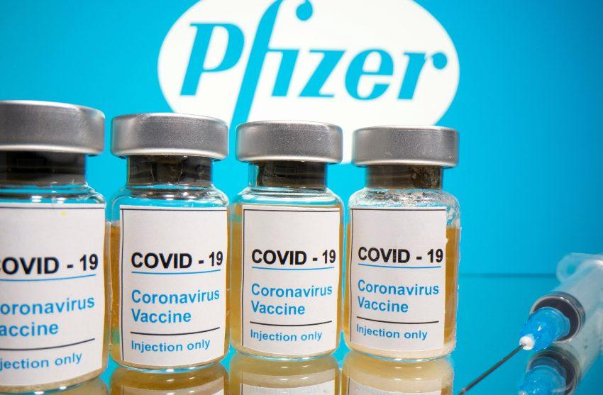 Llegan a México casi 500 mil vacunas Pfizer