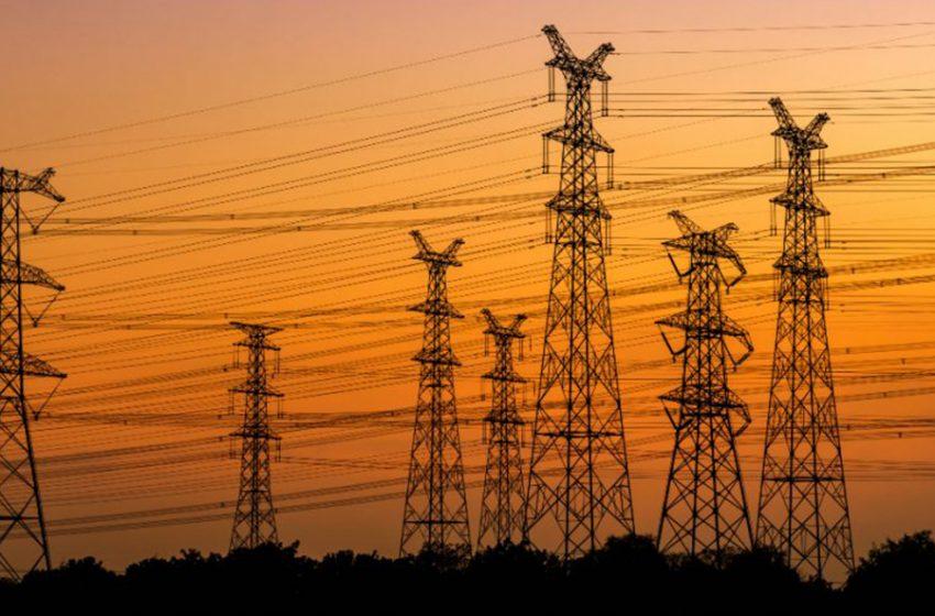 Pide AMLO a población nacional limitar consumo eléctrico a partir de las seis de la tarde
