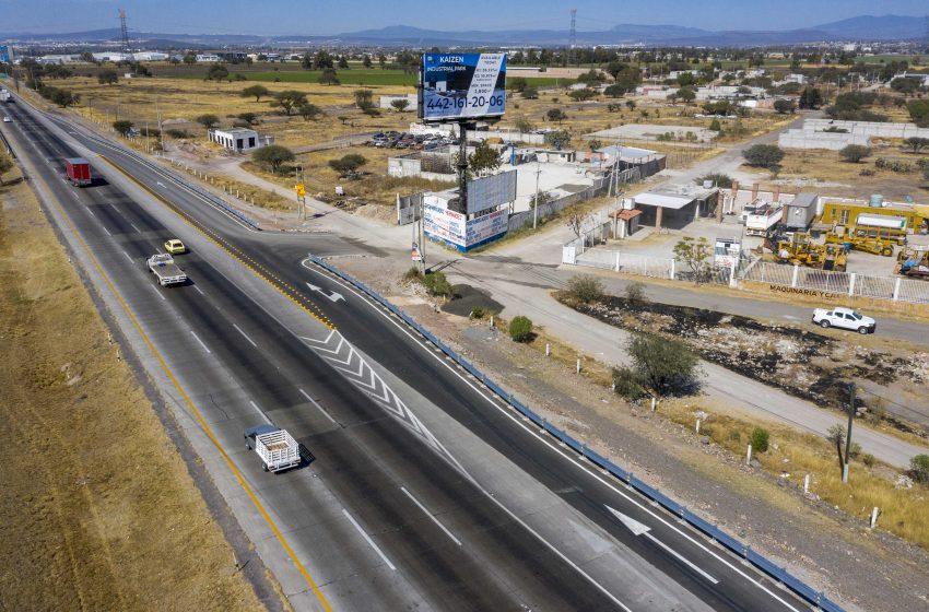 Con inversión de 3.8 mdp, entregan acceso vial en Monte de Calamanda, El Marqués