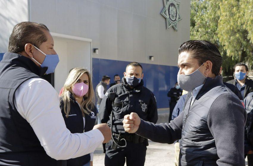 Supervisa Roberto Sosa funcionamiento de C2 en Los Ángeles