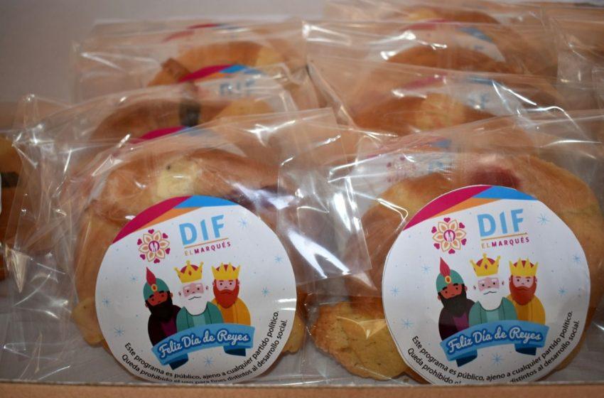 Municipio de El Marqués entrega roscas de reyes a adultos mayores