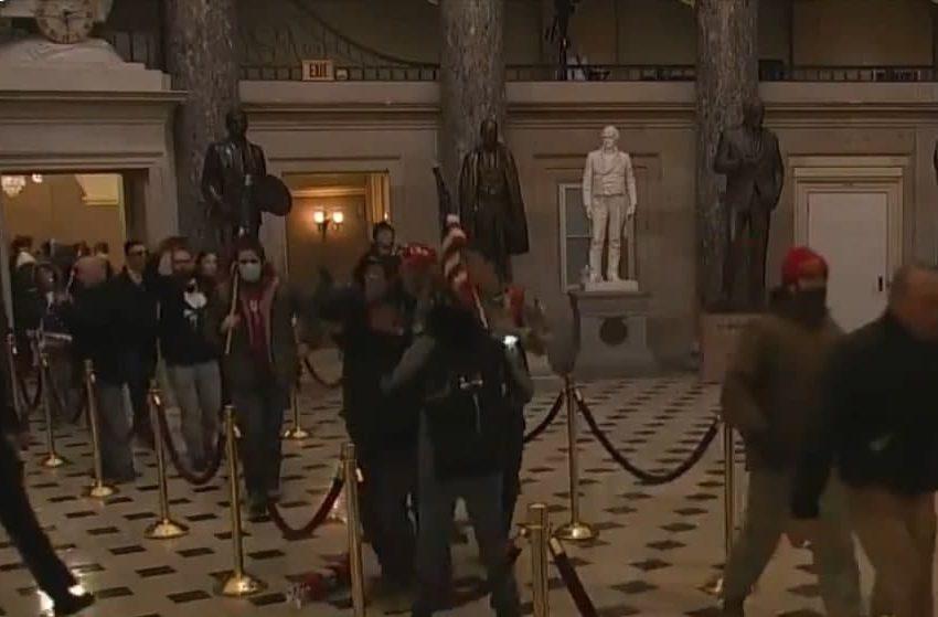 Simpatizantes de Trump irrumpen en el Capitolio y obligan evacuación
