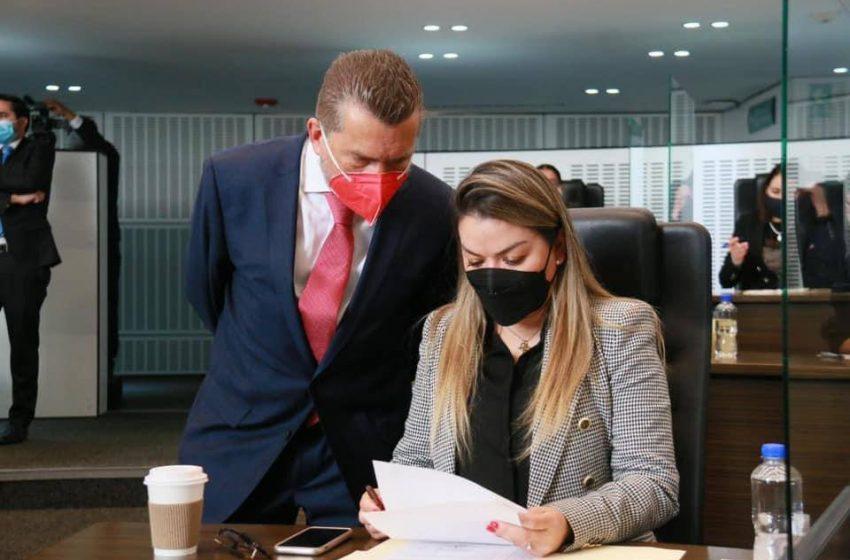 Reforma a Ley de los Trabajadores del Estado, legislada a modo: Hugo Cabrera