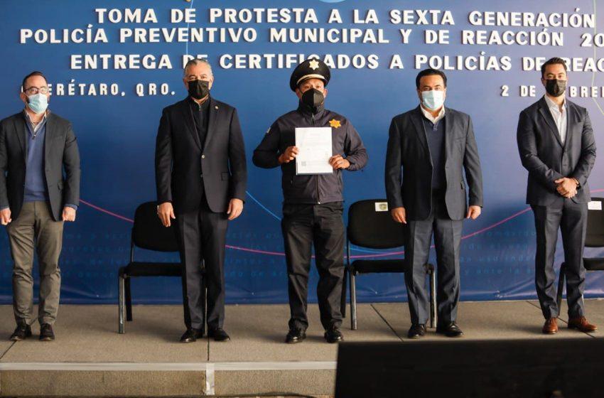 Tendrá SSPMQ 26 nuevos policías; 19 elementos recibieron certificado de bachillerato