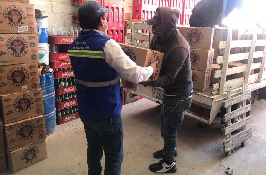 Aseguran mil 500 cartones de cerveza en local clandestino que operaba en San José el Alto