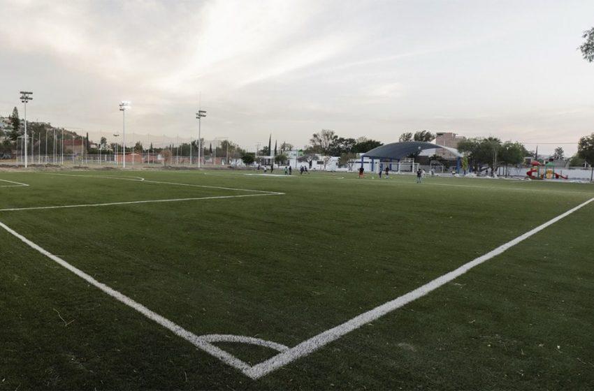 Rehabilitan Unidad Deportiva Emiliano Zapata en Corregidora