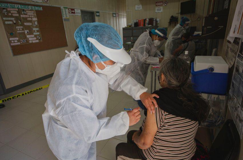 Cayetano Rubio, Epigmenio González y SRJ, primeras delegaciones donde se aplicará la vacuna