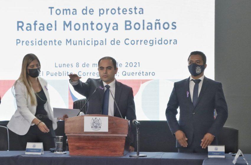 Rafael Montoya rinde protesta como alcalde interino de Corregidora, en sustitución de Roberto Sosa