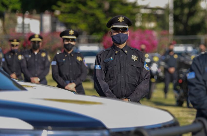 Elogia Parrodi trabajo de policías municipales de Querétaro