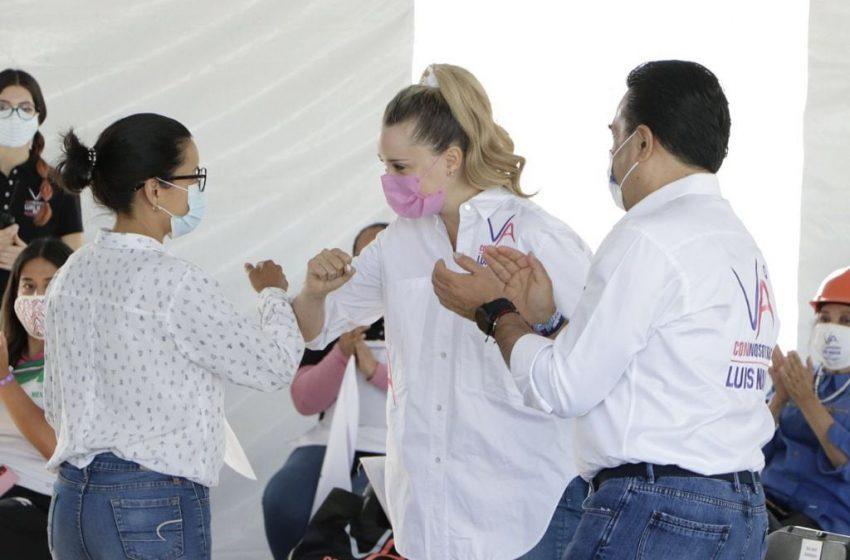 Se compromete Nava a crear Universidad de la Mujer