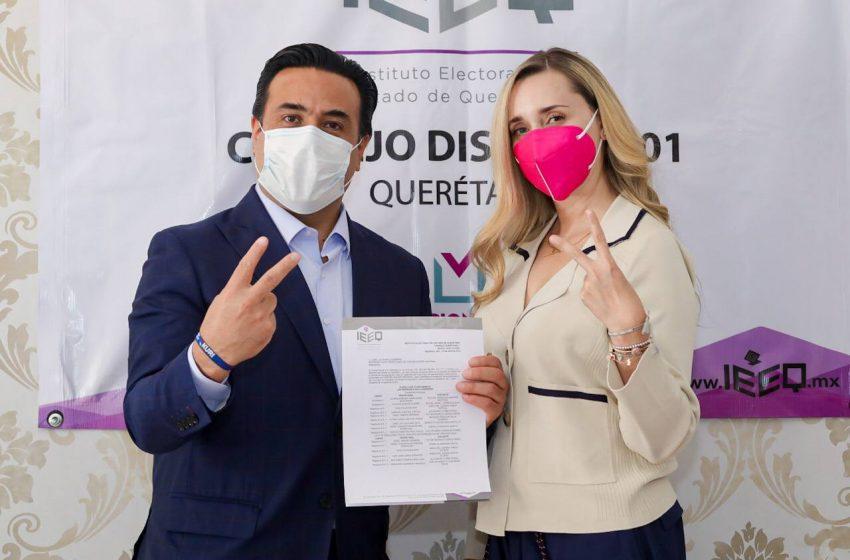 Luis Nava se registra como candidato a la alcaldía de Querétaro