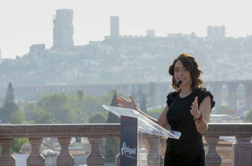 """En mi gobierno, ni clientelismo ni compadrazgos"": Abigail Arredondo"